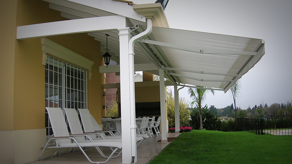 Carpas para patios ideas de disenos for Toldos para patios precios